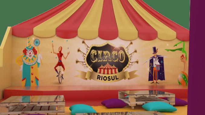 Durante as férias de verão, crianças brincam e aprendem a magia do circo