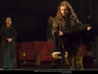 Versão cênica de Paulo de Moraes para a obra-prima de William Shakespeare, Hamlet volta em cartaz de 7 de agosto a 1º de setembro, na Fundição Progresso