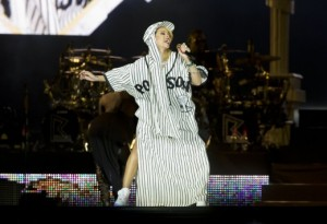 rihanna_roskilde2_getty-images-520x357