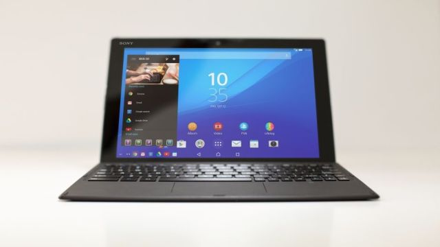 xperia-z4-tablet-business-tablet-into-laptop-26ef6fb3475dcf05c518ef7400089051-940