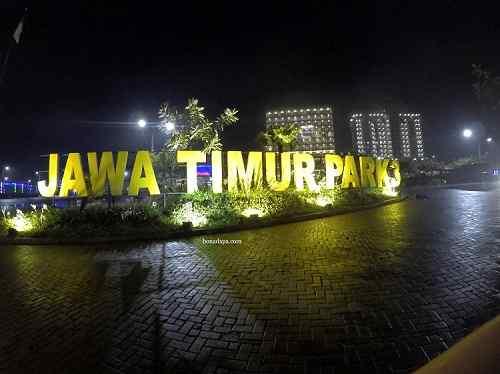 Hotel Senyum World berada di kompleks Jatim Park 3