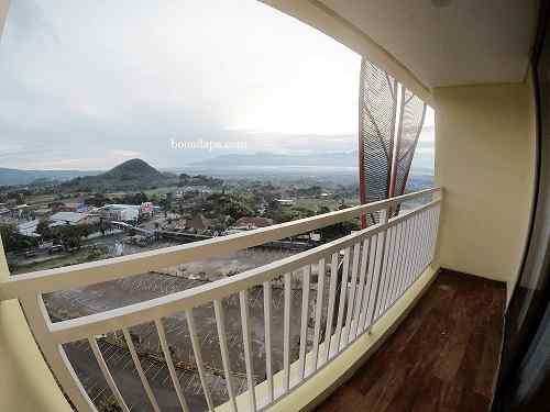 Pemandangan dari balkon Kamar hotel senyum world batu malang