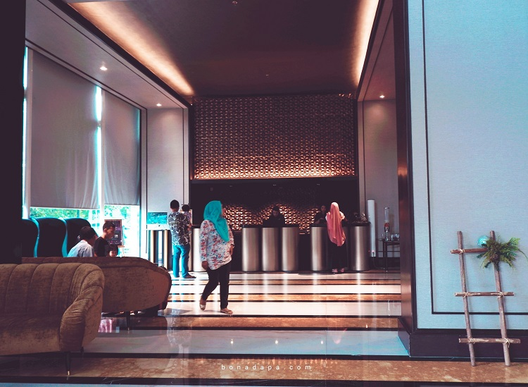 Check-in Counter The ALTS Hotel Palembang