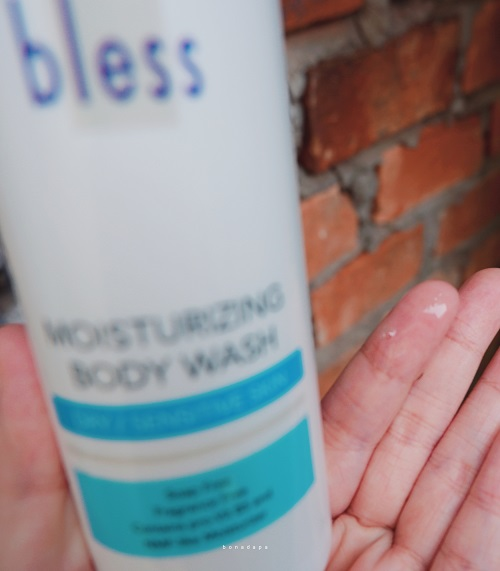 Tekstur Bless Moisturizing Body Wash