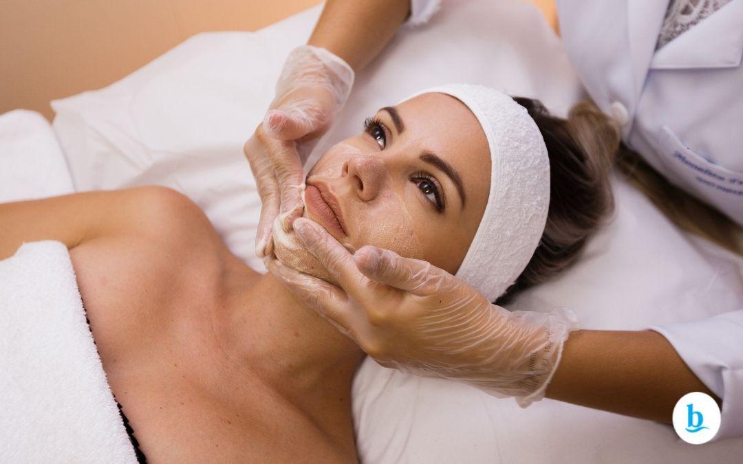 Peeling Rose de Mer! Conheça já o procedimento que também chamado de Peeling do Mar Morto!