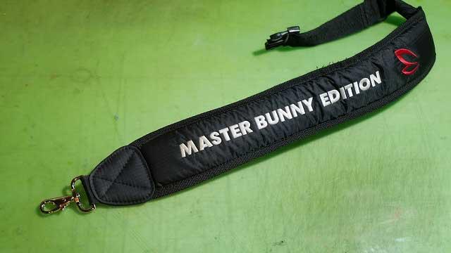 (MASTER BUNNY EDITION)マスターバニーエディション/キャディバッグショルダーベルトのナスカン取替