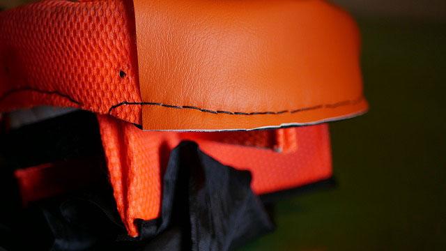 (GOTCHA)ガッチャ/キャディバッグの口枠の一部にレザーを縫い付けて補強