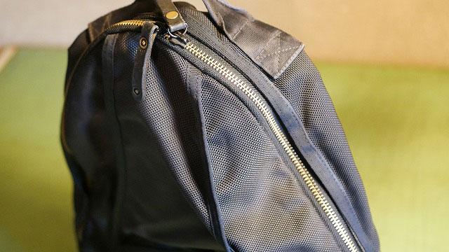 (PORTER)ポーター/バックパックのファスナー横の布破れを交換修理