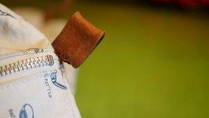 木の庄帆布/キャディバッグフードカバーの革ベルト切れ修理