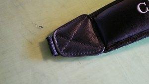 (CUTTER&BUCK)カッターアンドバック/キャディバッグのショルダーベルトの金具が割れて無くなっている