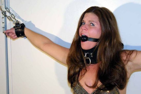 Sexy Brunette Slave Gets Collared, Gagged and Chained for Punishment