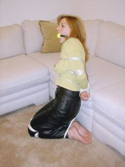 Sexy Girlfriend in Leather Pants Gets Tightly Bound and Gagged