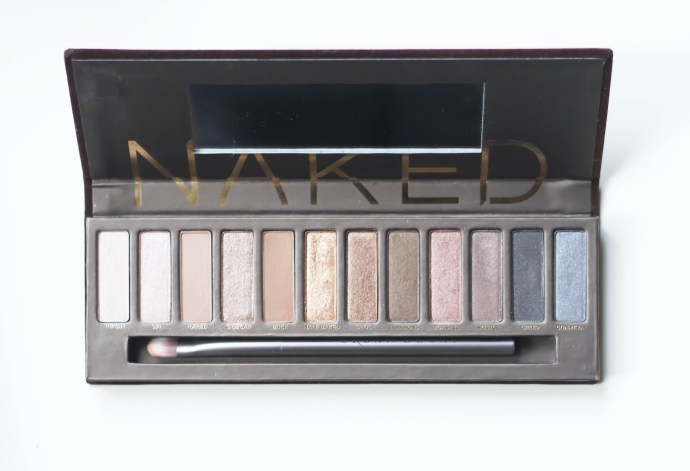 Urban Decay Naked Palettes Comparison | BondGirlGlam.com