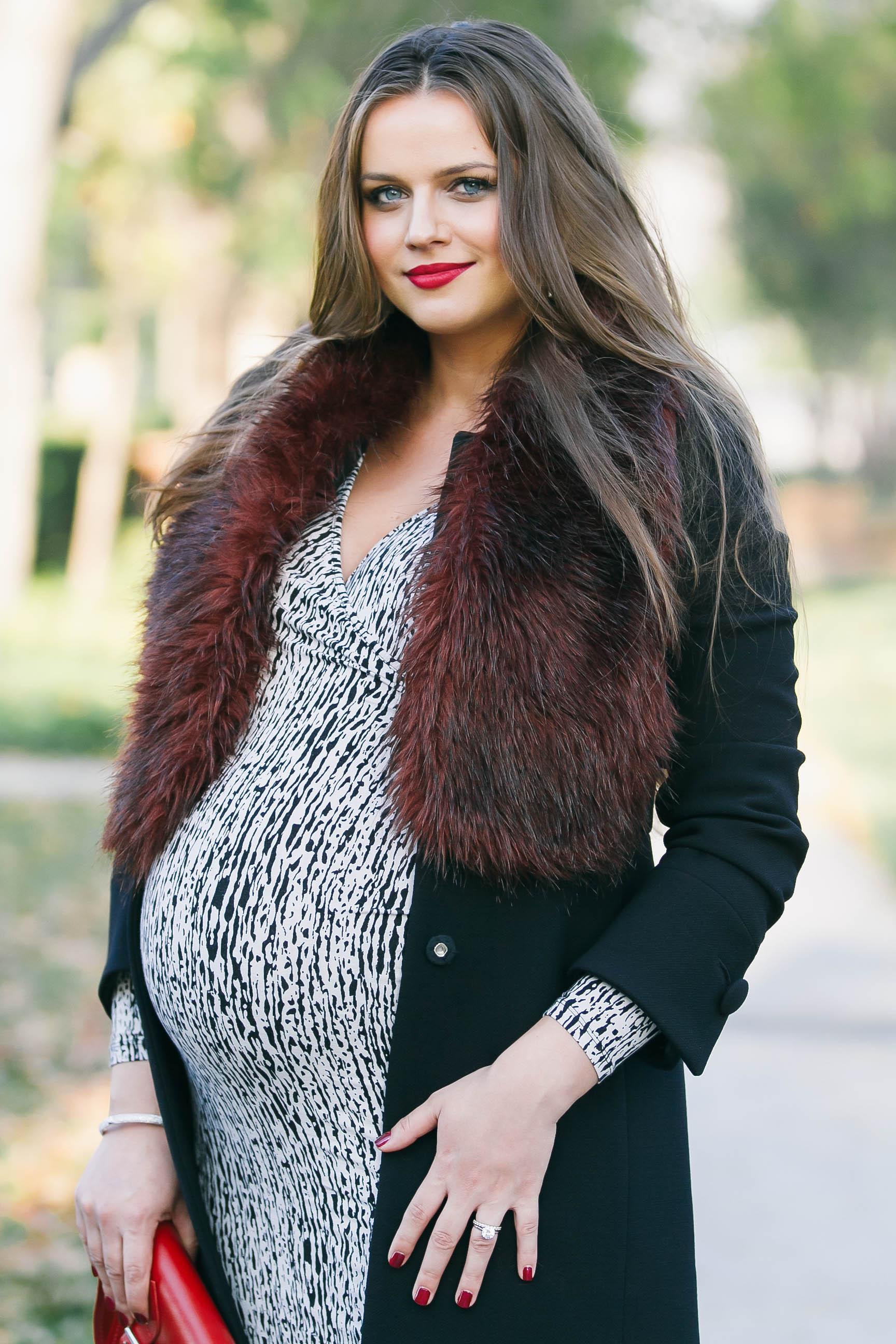 BumpStyle  Fitted Coat  Faux Fur Stole  BondGirlGlamcom  A Fashion Baby Gear Beauty