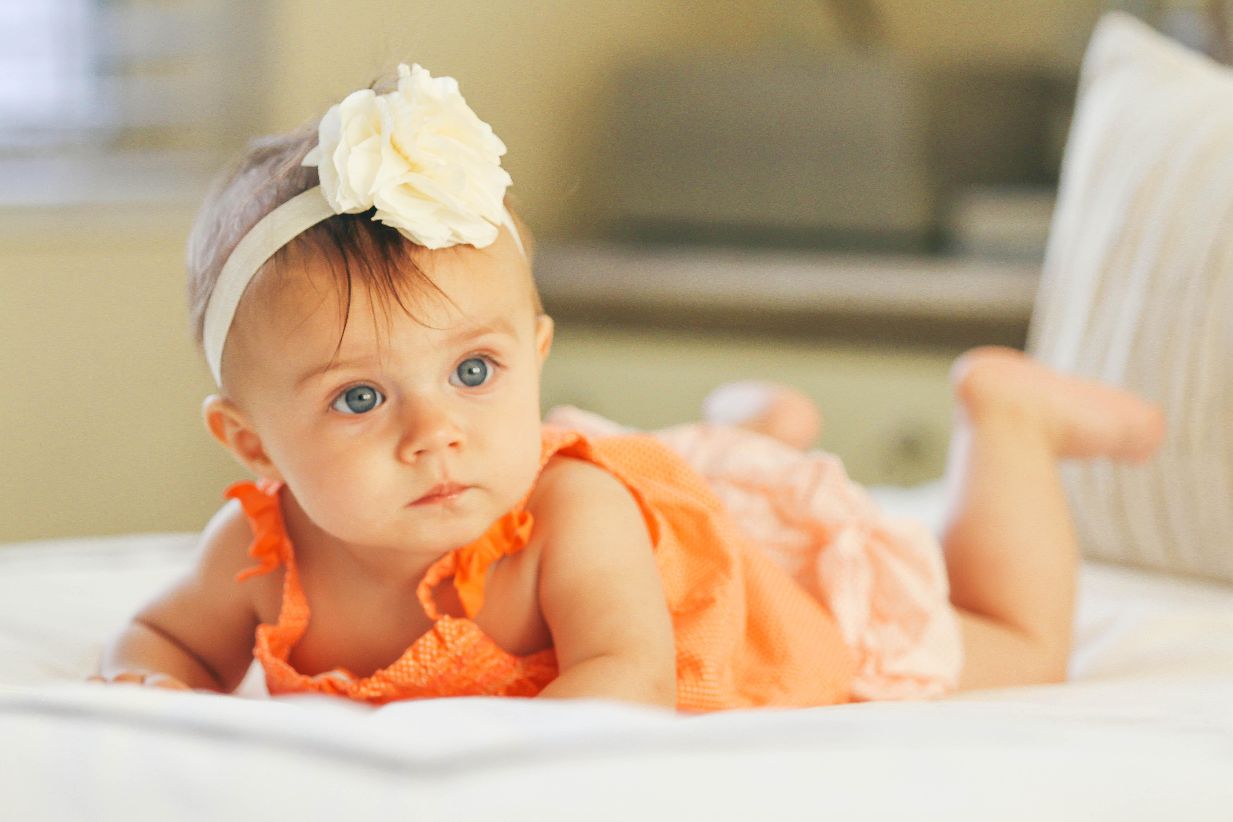 How To Look Stylish While Nursing  Bondgirlglamcom  A Fashion, Baby Gear, Beauty -7055