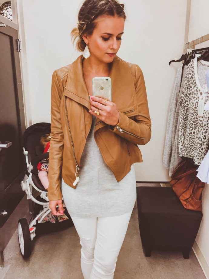 #nsale, Nsale 2016, nordstrom anniversary sale 2016, best nordstrom anniversary sale items, fall items nordstrom anniversary sale, boots Nsale, how to shop Nordstrom anniversary sale, best buys Nordstrom anniversary sale, Fall sweater Nordstrom anniversary sale, fitting room