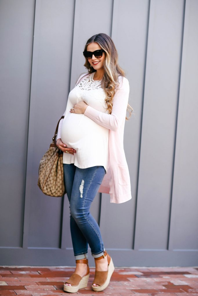 #BumpStyle // Blush Pink Cardi & The Best Affordable Maternity Jeans | BondGirlGlam.com