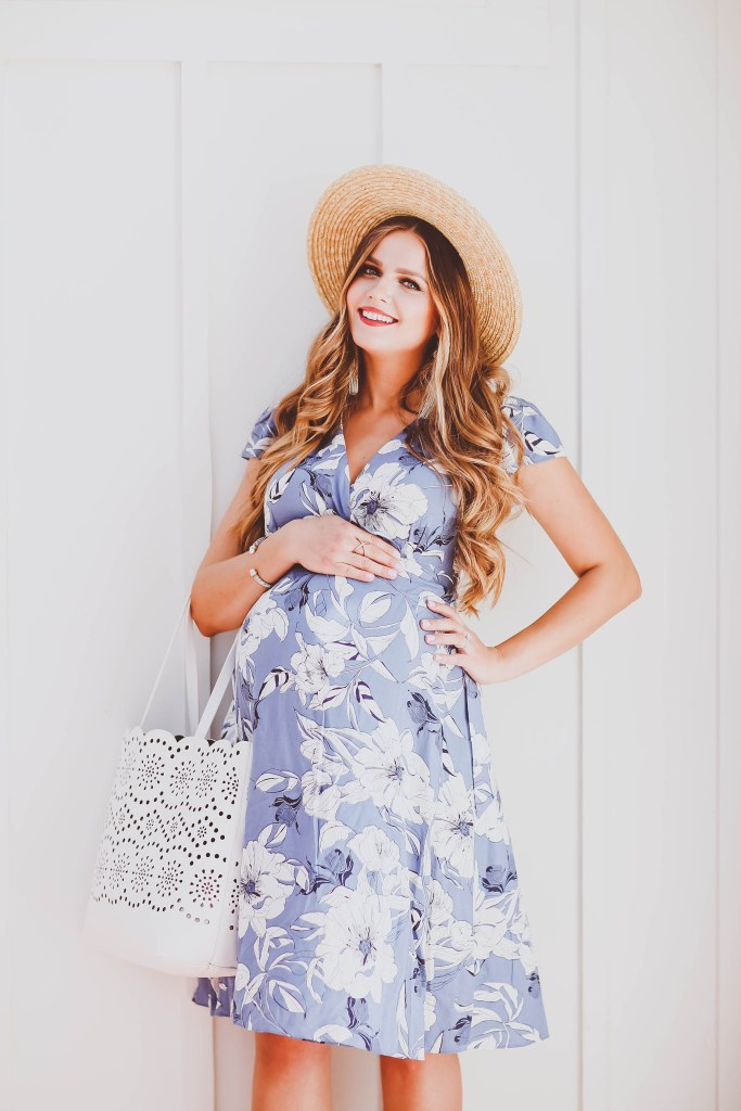 #BumpStyle // Blue & White Floral Maternity Wrap Dress | BondGirlGlam.com