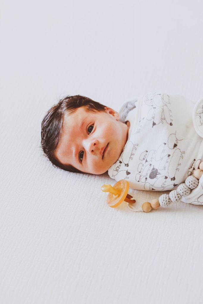 The Best No-Brainer Swaddles for Newborns | BondGirlGlam.com