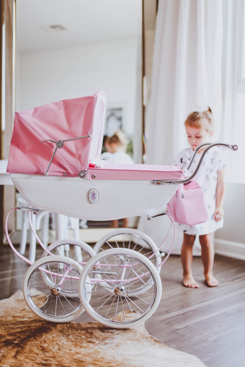 Silver Cross Doll's Pram Review