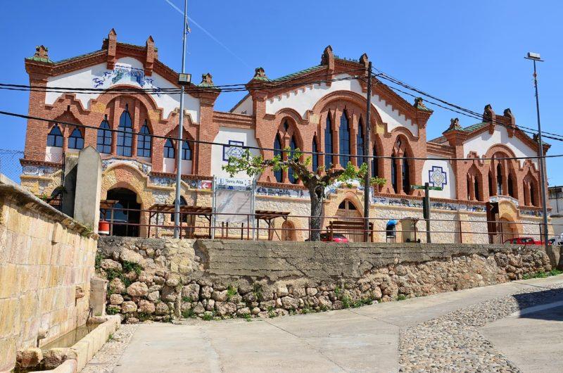Wijnkathedraal El Pinell de Brai BDT reistip