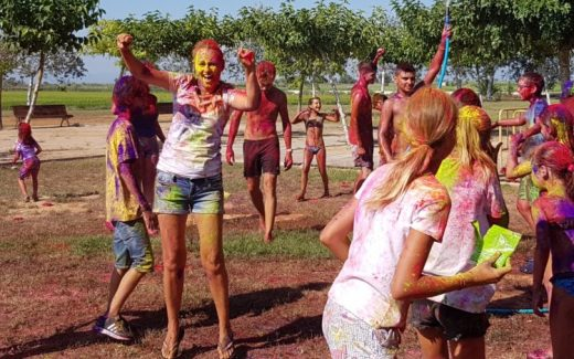 Never grow old | Holi feest