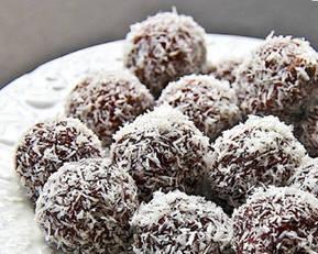 bliss-balls-coconut
