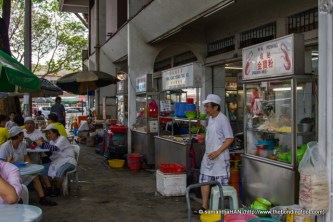 Paul had Prawn Noodle Soup from this stall when he brought me for lunch.