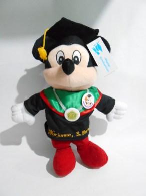 boneka wisuda mickey mini mouse bordir di baju 3
