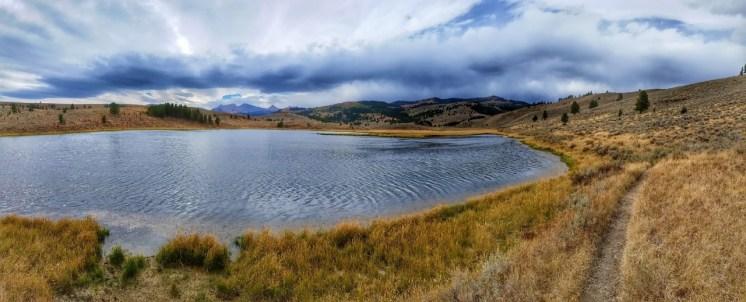 Albino Lake Trail