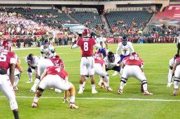 Temple senior quarterback Phillip Walker sets the offense deep in his own territory. (Al Myatt photo)