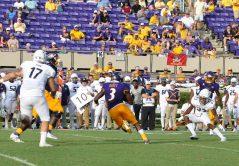 Anthony Scott (3) picks up yards after the catch on Saturday. (Photo by Al Myatt)