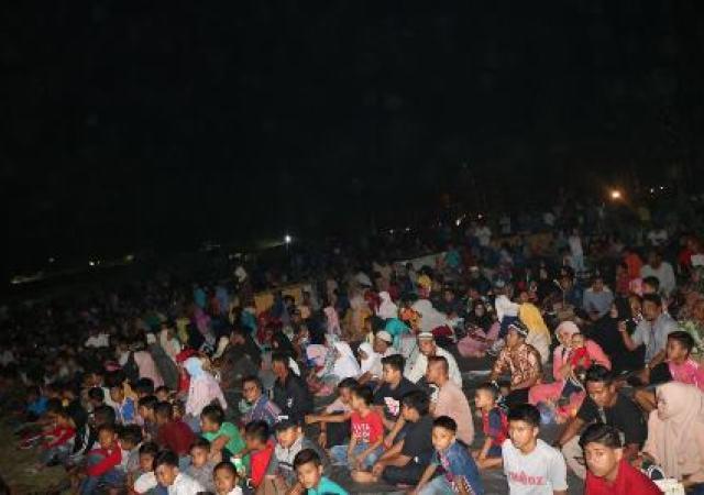 Sejarah Kelam Bangsa,  Acara Nobar Film G-30S/PKI Aceh Bagaikan Lautan Manusia