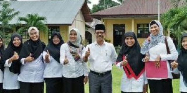 Kepsek SMPN 4 Siak Kecil, Programkan Peningkatan Akreditasi dan Penghargaan Adiwiyata Tingkat Provinsi