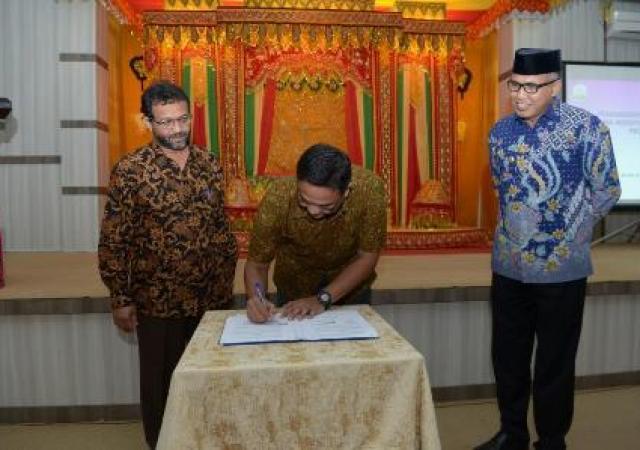 Pemerintah Aceh Bersama Pertamina Sepakati Awasi Distribusi Gas 3 Kilogram
