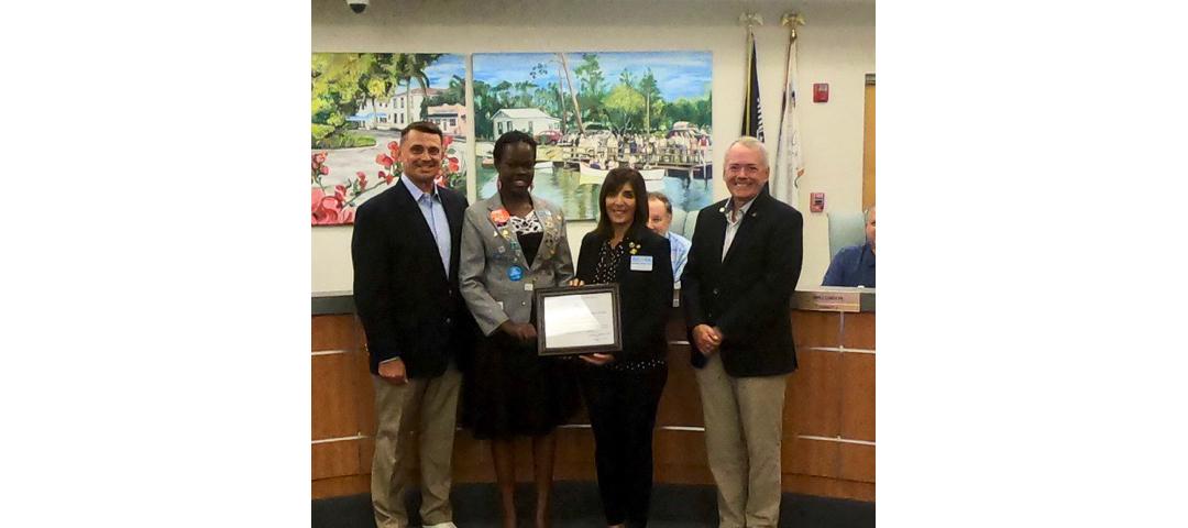 Bonita Springs Mayor Simmons welcomes Natene Bwaya from Uganda