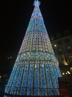 Dancing Christmas Tree