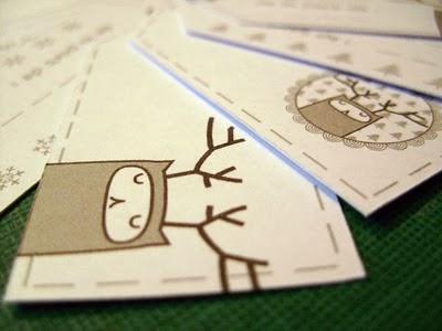 http://lesfollesmarquises.blogspot.fr/2011/12/etiquettes-pour-cadeaux-telecharger.html
