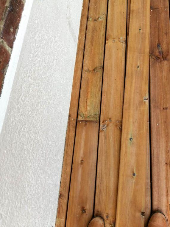 construction terrasse bois sur poutres porteuses et plots béton (26)