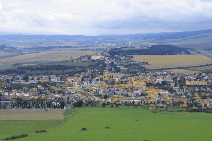 """天空の城ラピュタのモデルとなった城""""スピシュスキー城""""も訪問 〜スロバキア世界遺産の旅"""