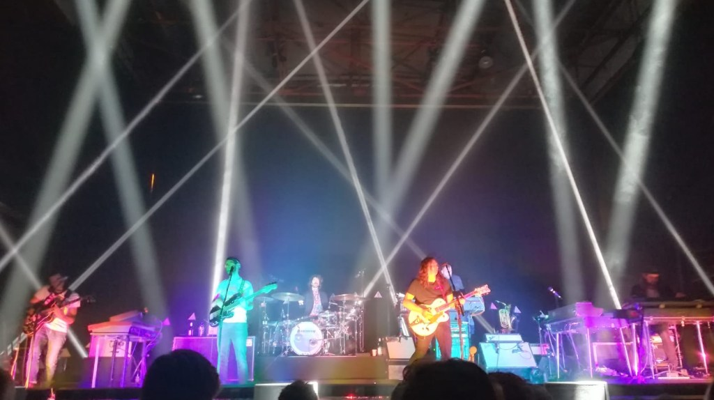 Trying to find a deeper Understanding – The War on Drugs in concert