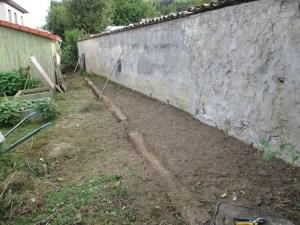chemin-derriere-cabane