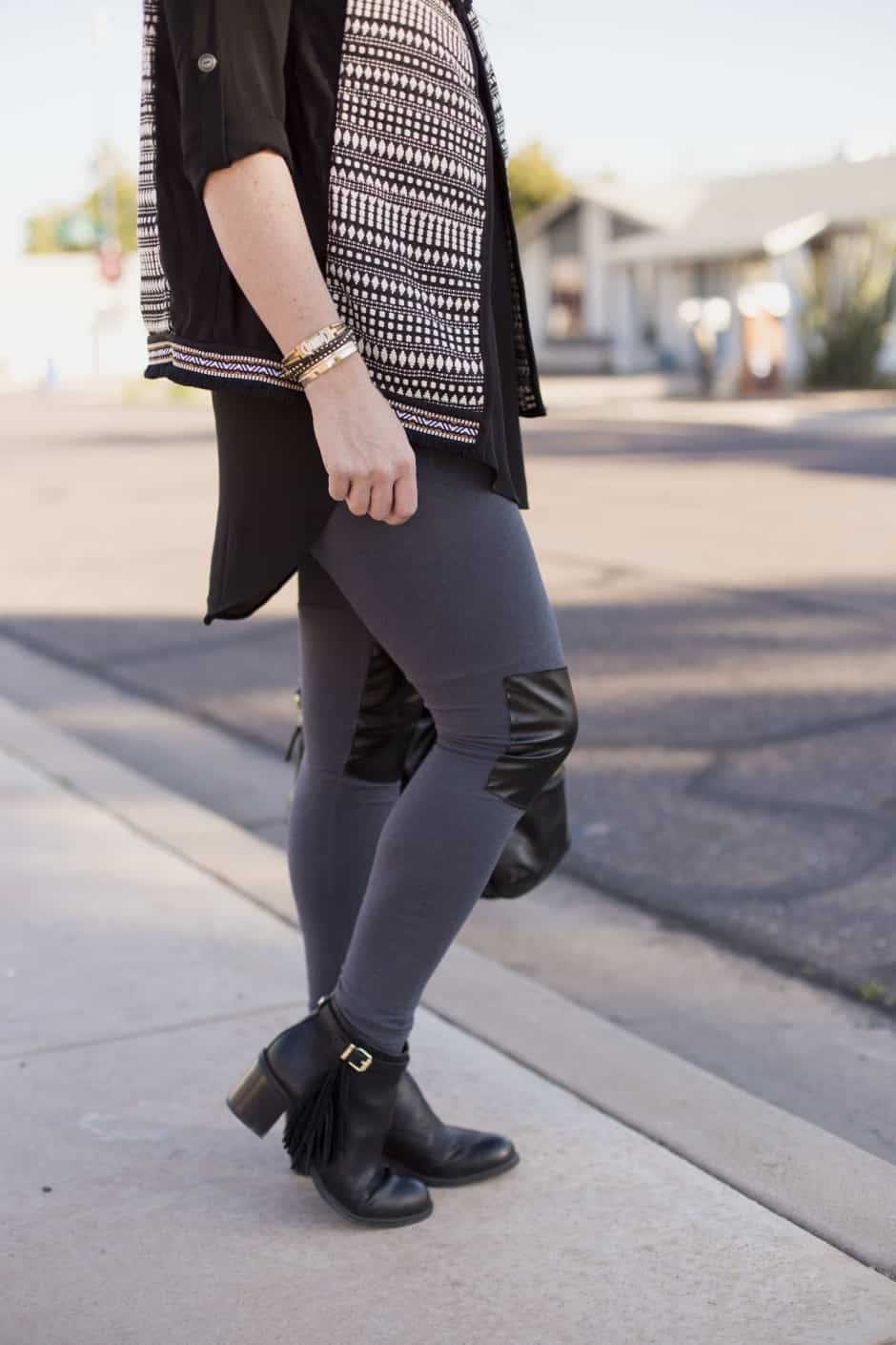 DIY-faux-leather-accent-leggings