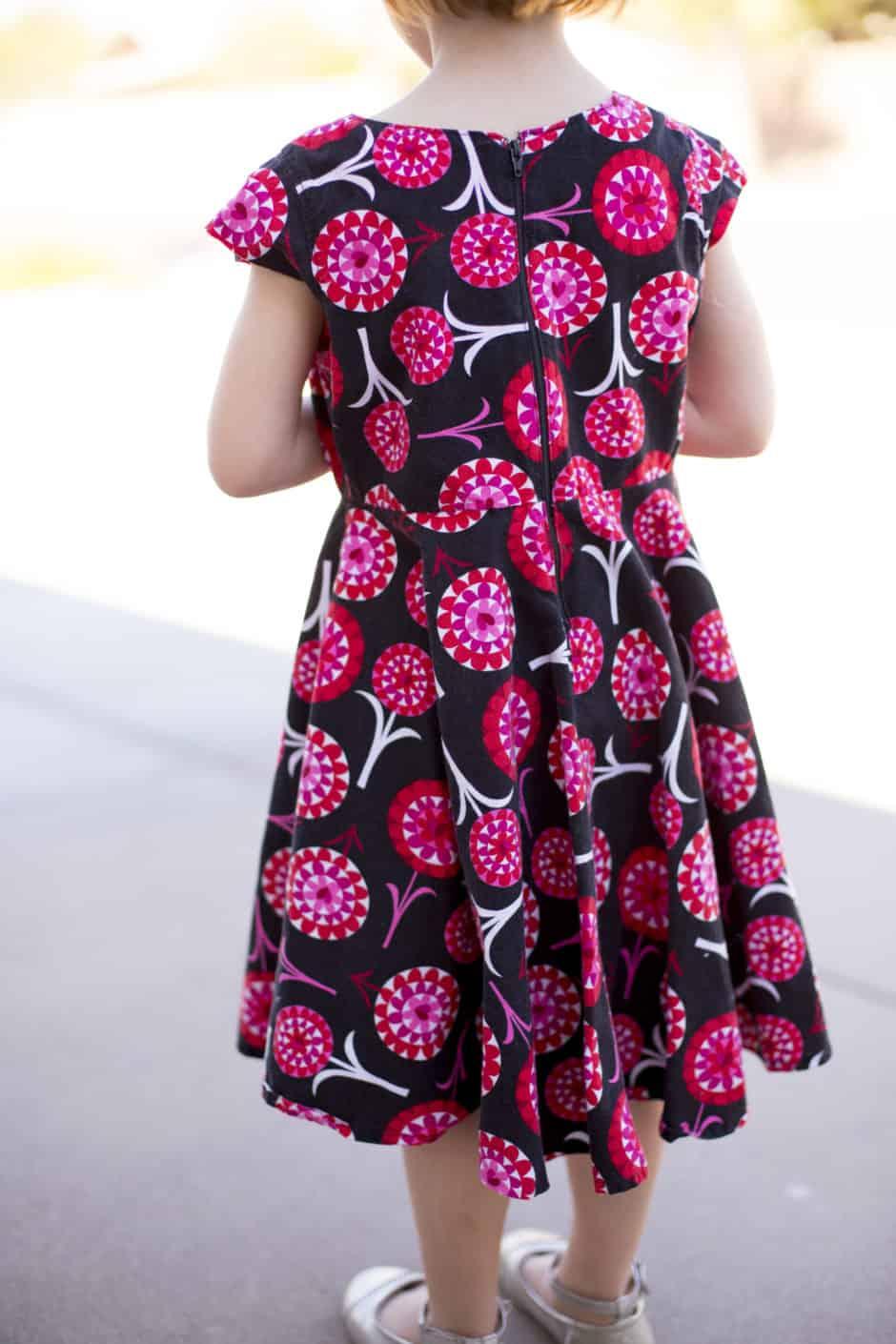 circle-dress-back