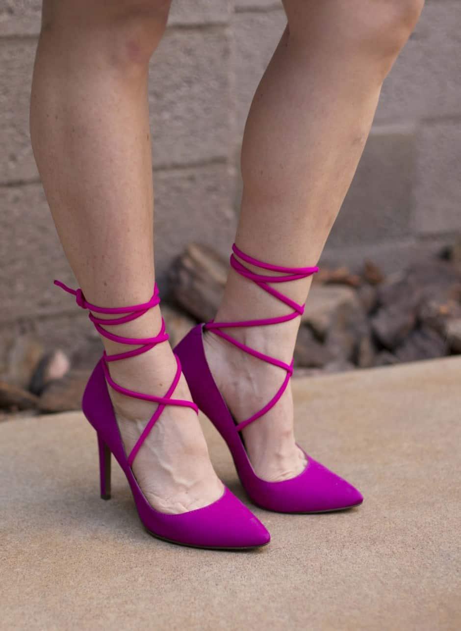 DIY-shoes-magenta-lace-ups