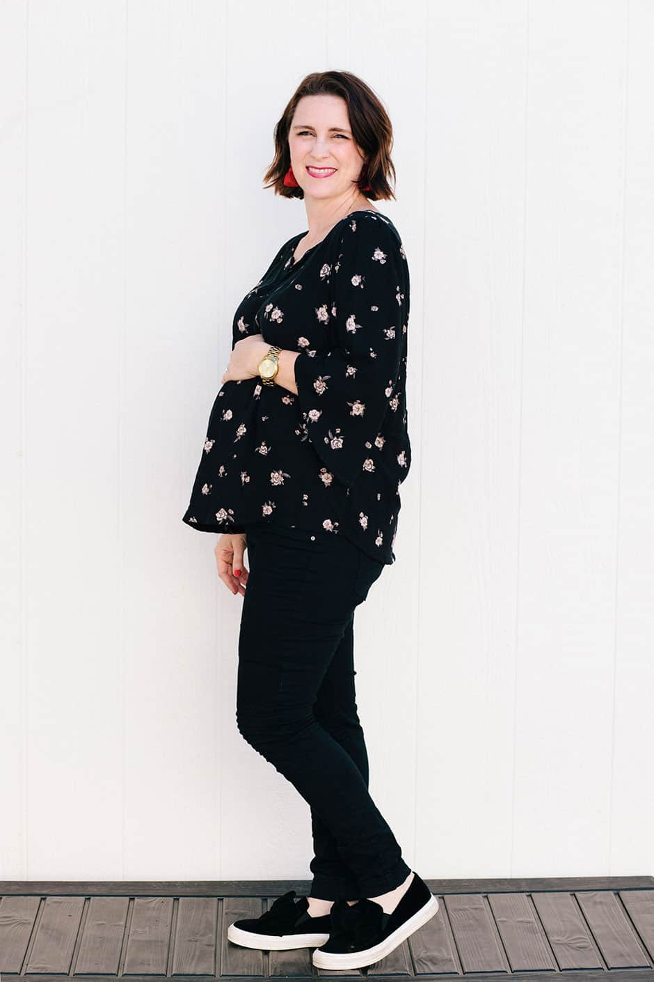 Looking for a home run sewing pattern for pregnancy and postpartum? Check out my version of the Phoenix blouse and how it's working through the third trimester and beyond! Make this DIY flowy top for your pregnancy or anytime you need a comfy, flattering blouse.