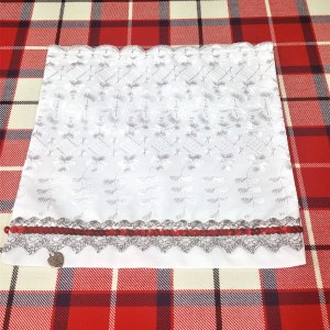 Highland Dickie Bib with red accent