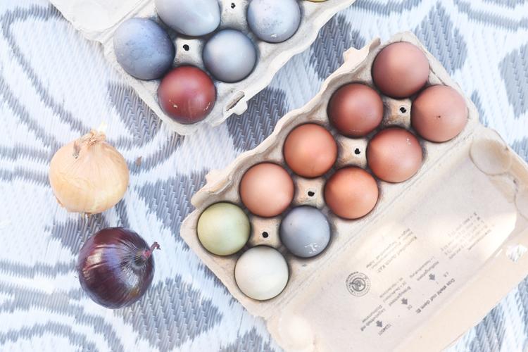 Ostereier natürlich färben mit Kurkum