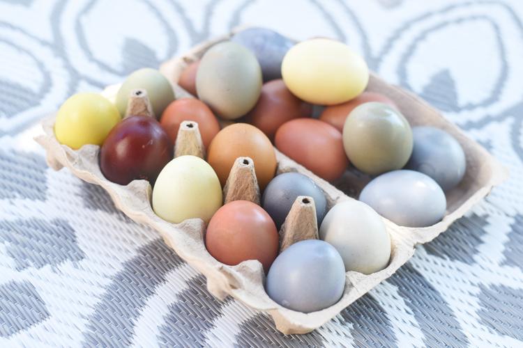 Eier-färben.zwiebelschalen
