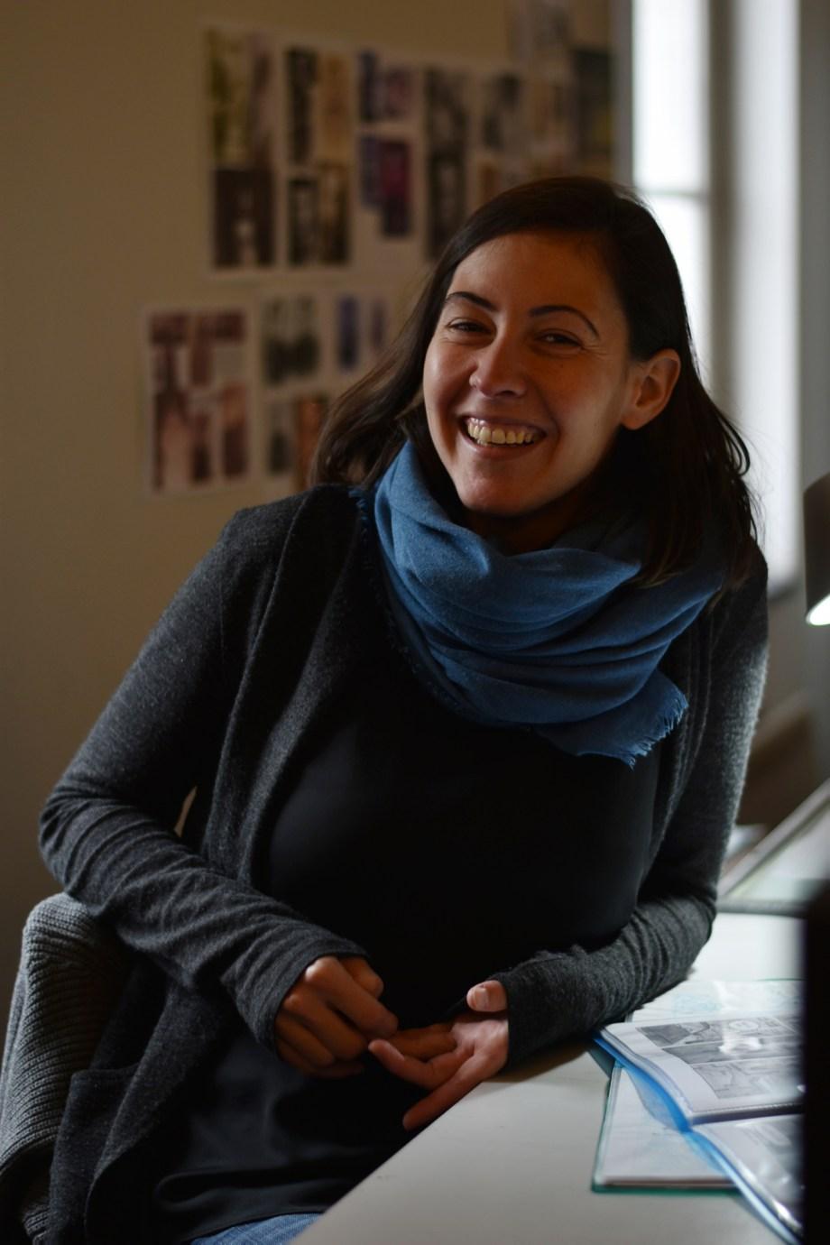 Alicia Pena dans son atelier